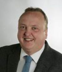 Dr. Reiner Schaumann