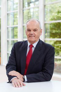 Dr. Johannes Fechner