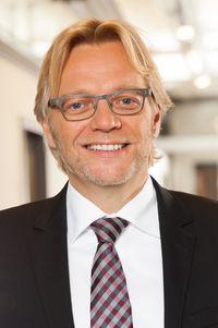 Dr. Volker Lücker