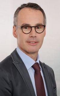 Dr. Bernhard Egger