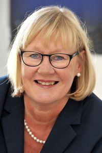Dr. Anne Hinrichs