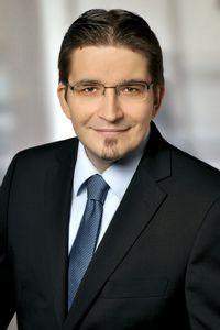 Prof. Dr. Reinhard Strametz