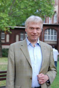 Prof. Dr. Rainer Hellweg