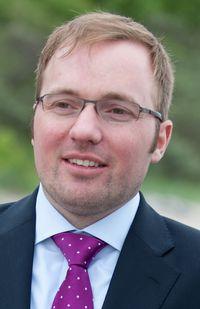 Dr. Christian Unzicker
