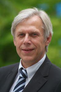 Prof. Dr. Prof. h. c. Edmund Neugebauer