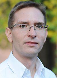 Dr. Nils Löber