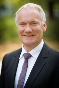 Dr. Werner Weinholt